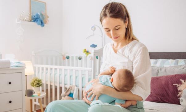 breastfeeding bassinet